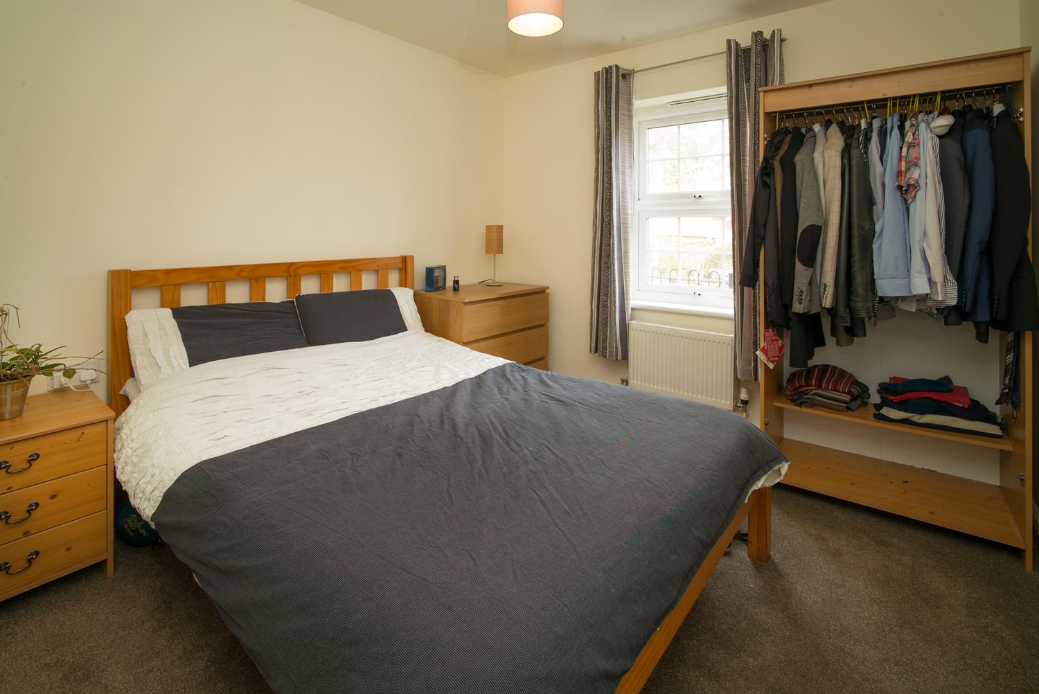 Flat 3, Sampson Court 16 Worcester Road